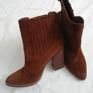 Dolce Vita Conway Suede Chestnut Ankle Boot